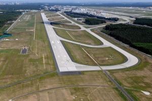 Frankfurtské letiště dnes otevírá novou dráhu. Zdroj: Fraport AG