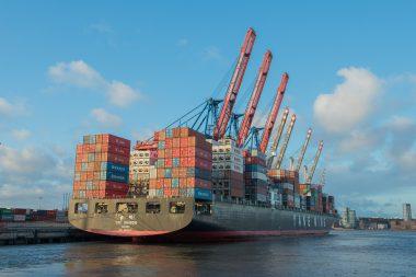 Německý export i přes negativní očekávání v březnu dále rostl
